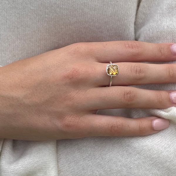 Shakara Jewellery Bonbon cushion cut Citrine stacking ring.